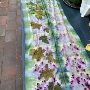 Eco-printen en natuurlijke kleurstoffen maken 538